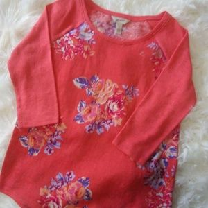 Floral 3/4 sleeve top